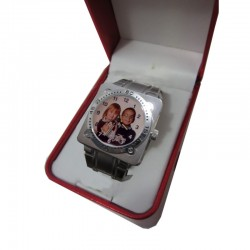 Reloj personalizado...